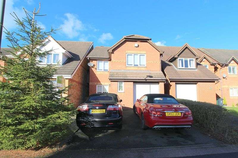 4 Bedrooms Detached House for sale in Scholars Walk, Walsall