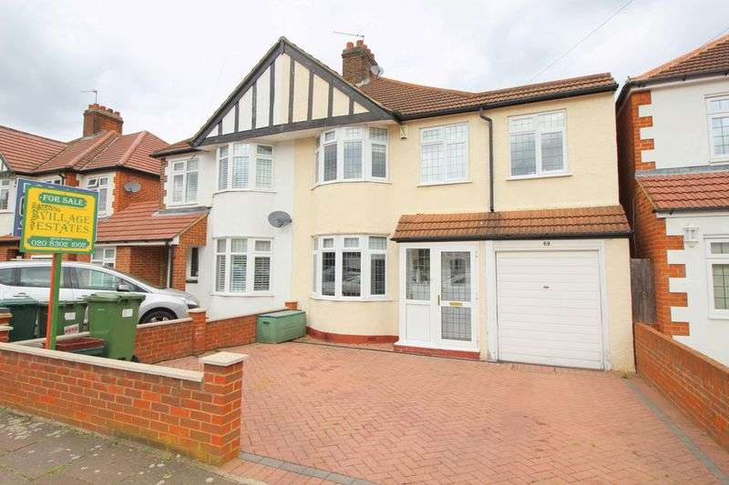 4 Bedrooms Semi Detached House for sale in Brooklands Avenue, Sidcup