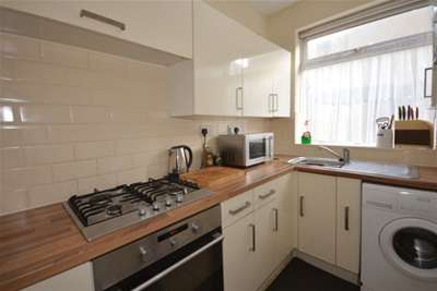 3 Bedrooms House for rent in Carrington Road, Ecclesall, S11 7AT