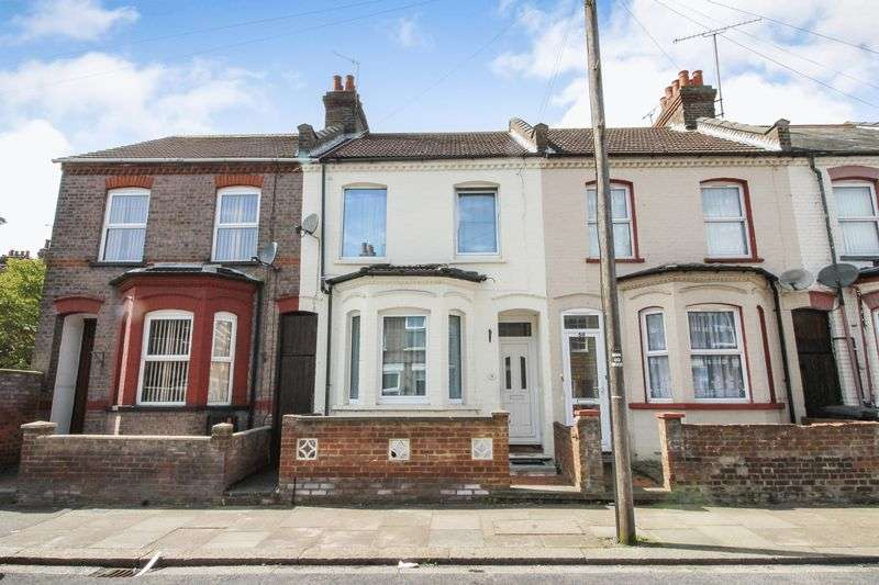 3 Bedrooms Terraced House for sale in Malvern Road, Luton