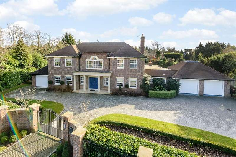 5 Bedrooms Detached House for sale in Camp Road, Gerrards Cross, Bucks