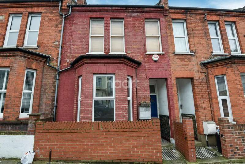 2 Bedrooms Flat for sale in Cowick Road, Tooting, SW17