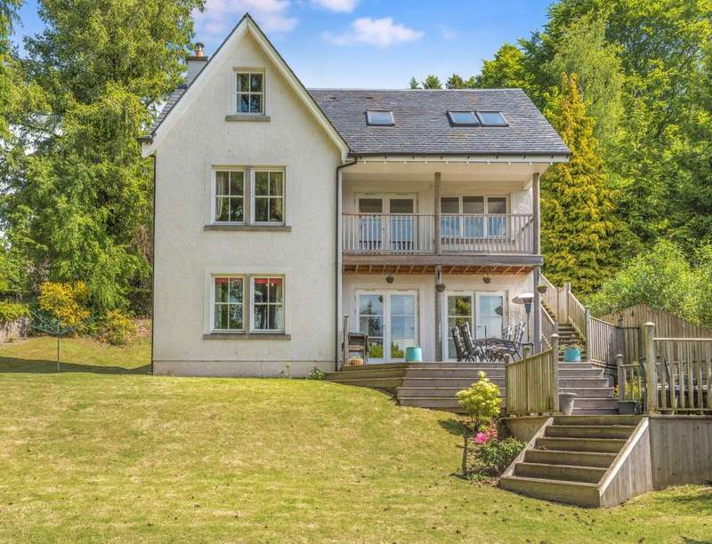 4 Bedrooms Detached House for sale in Gwydyr Road, Crieff, PH7