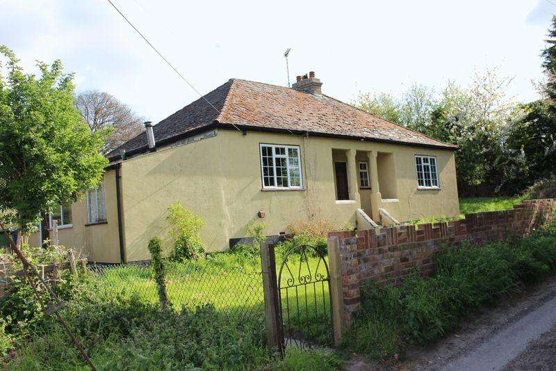Bungalow for sale in Mill Hill, Upchurch