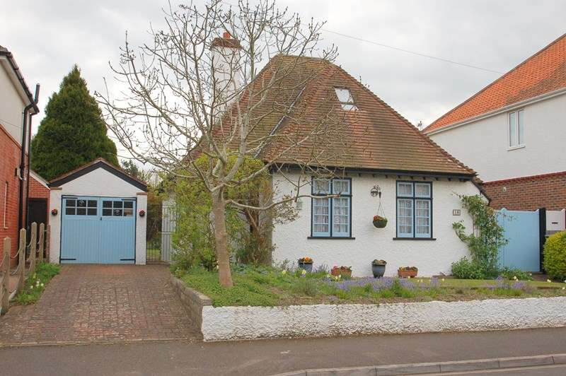 3 Bedrooms Cottage House for sale in Testcombe Road, Alverstoke, Gosport