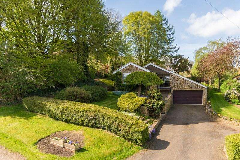 3 Bedrooms Detached Bungalow for sale in Bakehouse Lane, Shotteswell, Banbury