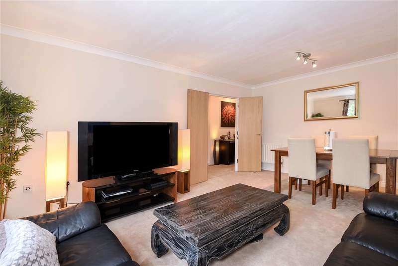 2 Bedrooms Apartment Flat for sale in Sycamore Lodge, Cottage Close, Harrow, Middlesex, HA2