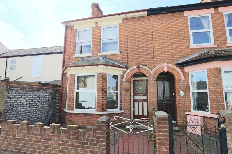 3 Bedrooms House for sale in Lorne Park Road, Lowestoft
