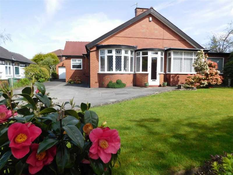 3 Bedrooms Detached Bungalow for sale in Stockport Road, Marple, Stockport
