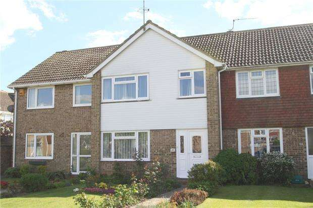 4 Bedrooms Terraced House for sale in Southfields Road, Littlehampton, West Sussex, BN17