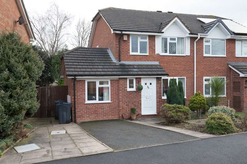 4 Bedrooms Semi Detached House for sale in York Close, Birmingham, West Midlands, B30