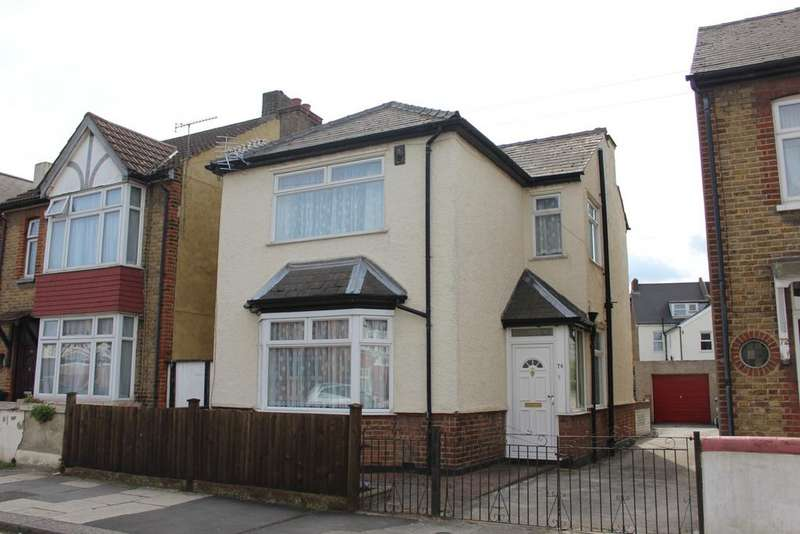 3 Bedrooms Detached House for sale in Campbell Road, Gravesend, Kent DA11