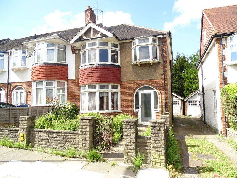 3 Bedrooms House for sale in Lynwood Road, Ealing