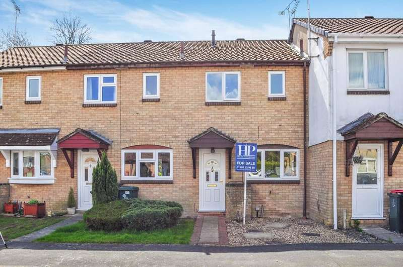 2 Bedrooms Terraced House for sale in Dobson Road, Langley Green