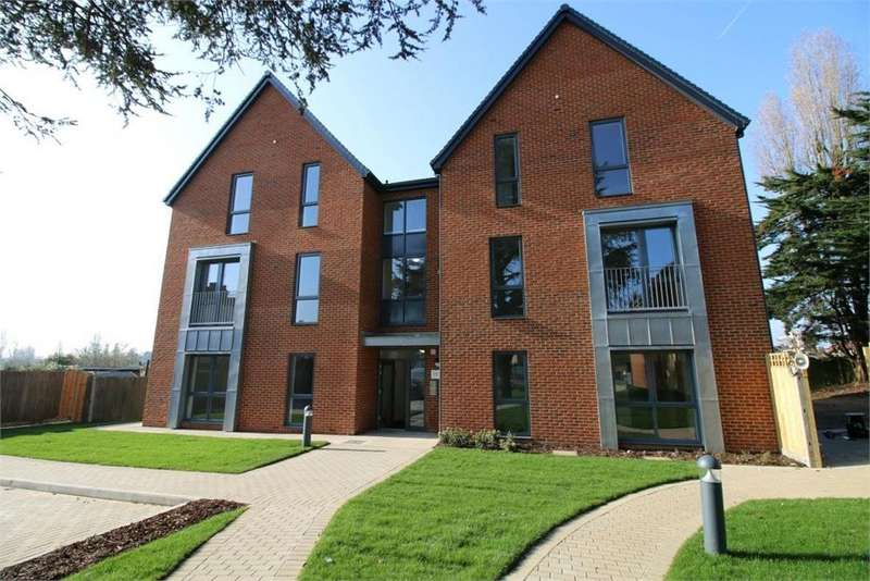 1 Bedroom Flat for sale in Patten Court, 129 Windmill Lane, Greenford, Greater London
