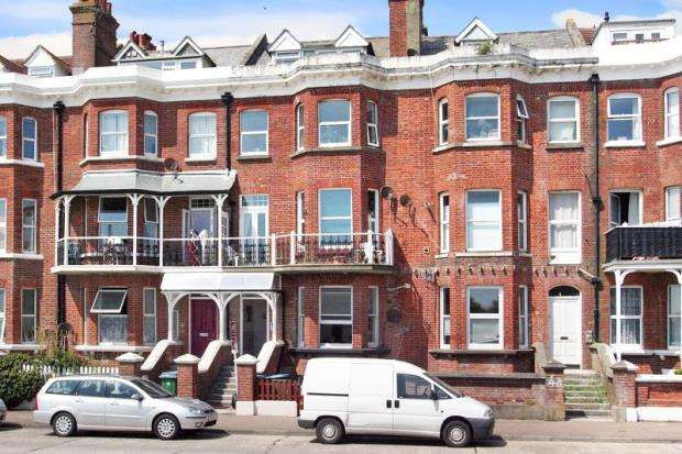 1 Bedroom Apartment Flat for sale in South Terrace, Littlehampton, West Sussex, BN17