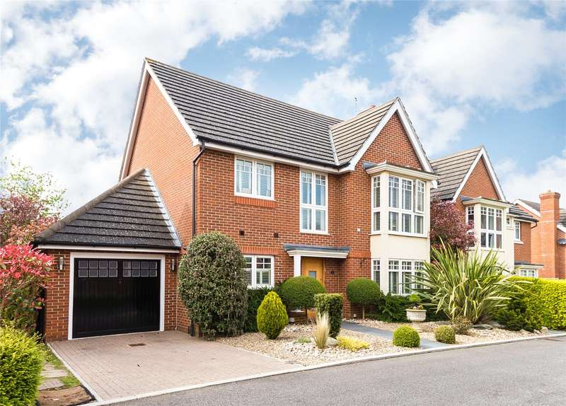 4 Bedrooms Detached House for sale in Myddleton Close, Stanmore, HA7