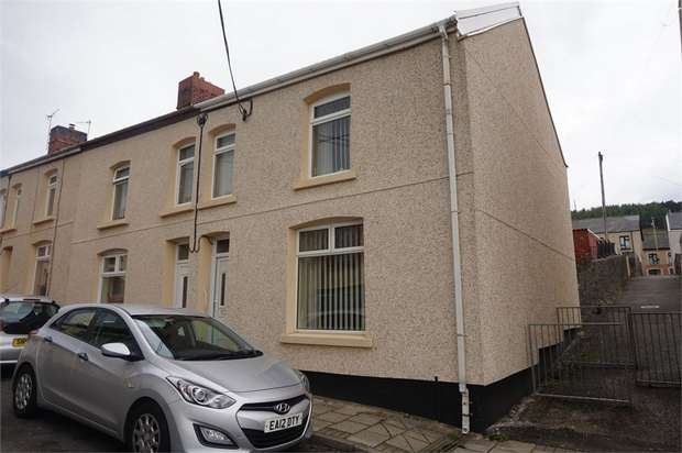 3 Bedrooms End Of Terrace House for sale in Derlwyn Street, Phillipstown, NEW TREDEGAR, Caerphilly