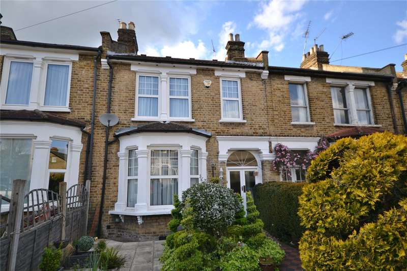 4 Bedrooms Terraced House for sale in Goldsmith Road, Friern Barnet, London, N11