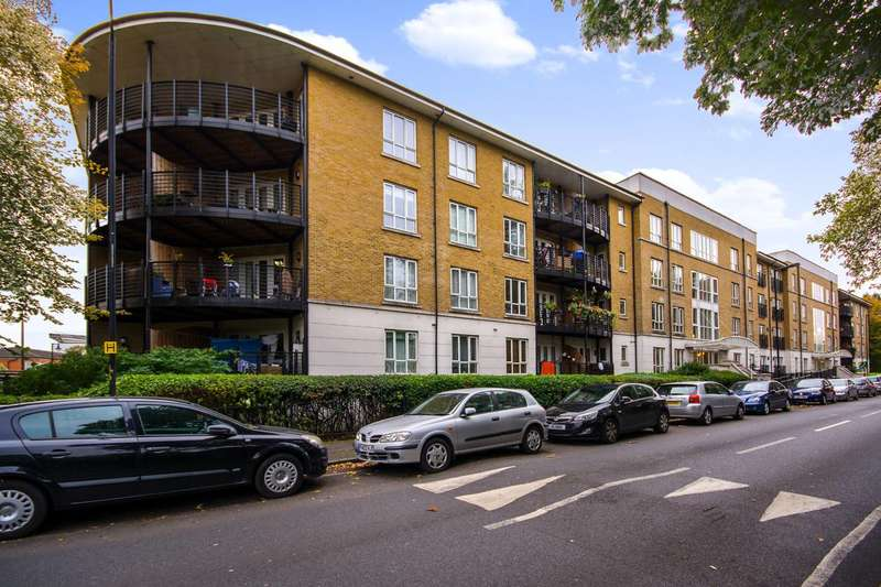 1 Bedroom Flat for sale in St Georges Way, Peckham, SE15