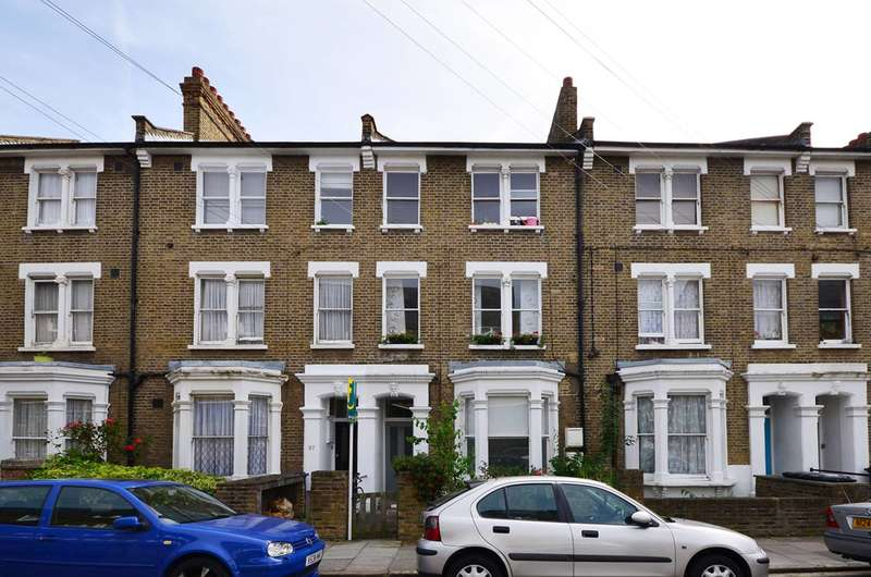 2 Bedrooms Flat for sale in Paulet Road, Camberwell, SE5
