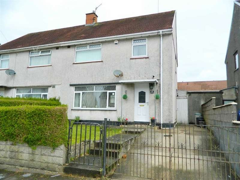 3 Bedrooms Property for sale in Clwyd Road, Penlan
