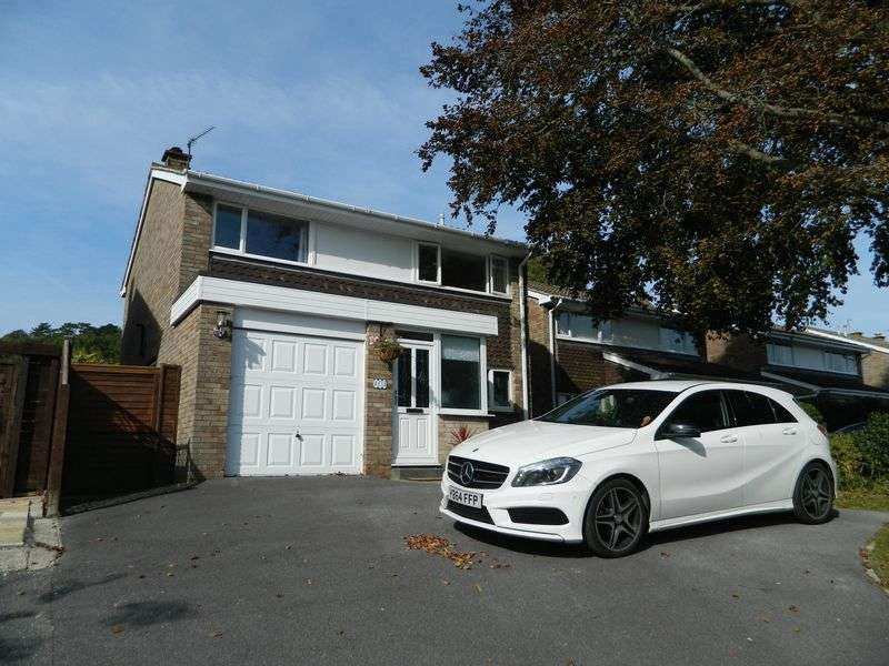 4 Bedrooms Detached House for sale in WORLE HILLSIDE