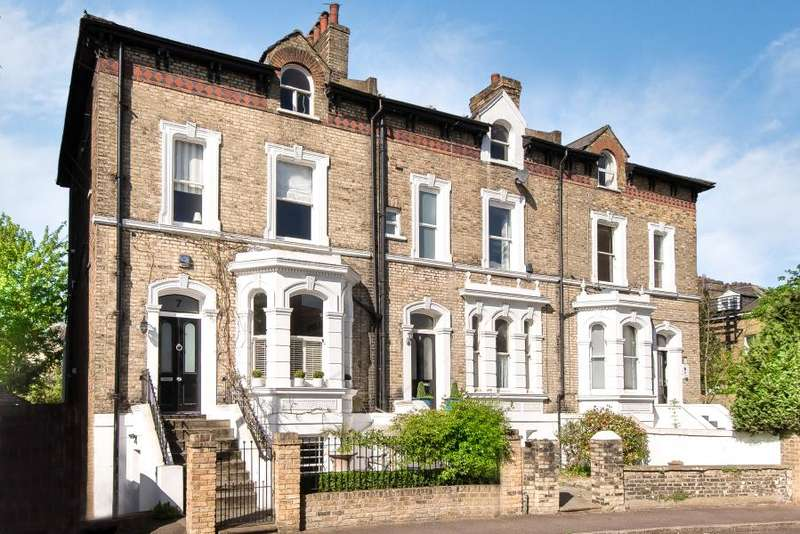 5 Bedrooms End Of Terrace House for sale in Queens Road, Twickenham, TW1