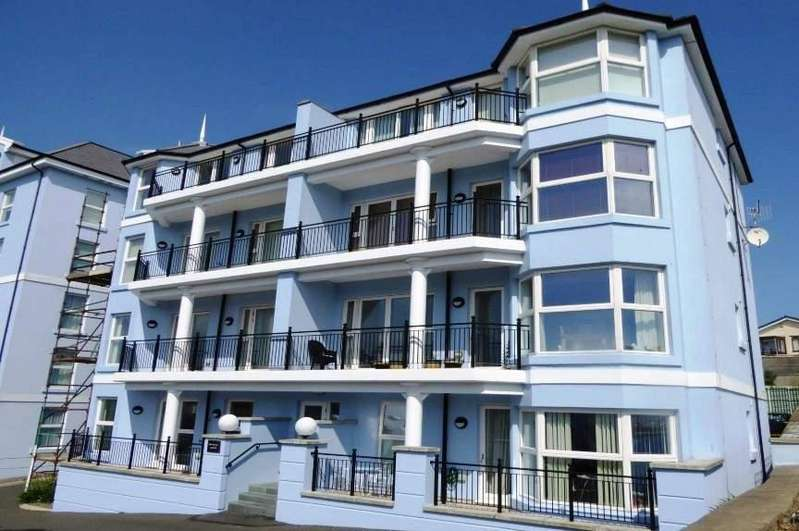 2 Bedrooms Apartment Flat for sale in Imperial Lodge, Ocean Castle Drive, Port Erin, IM9 6LH