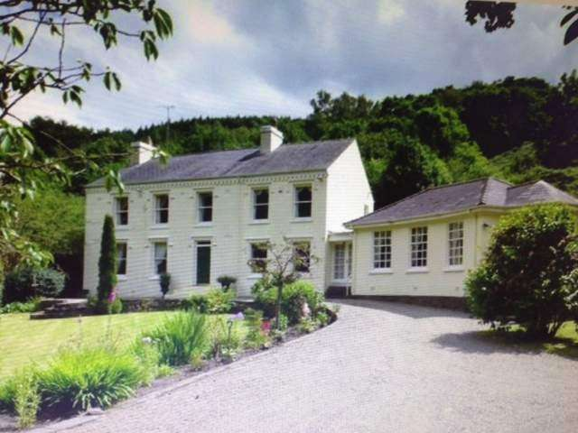 5 Bedrooms Detached House for sale in Glen Auldyn, Lezayre, IM8 2TA