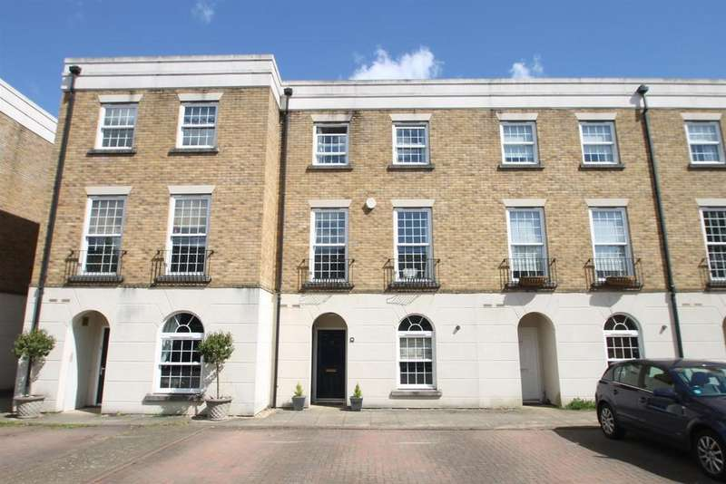3 Bedrooms Town House for sale in Marigold Way, Maidstone