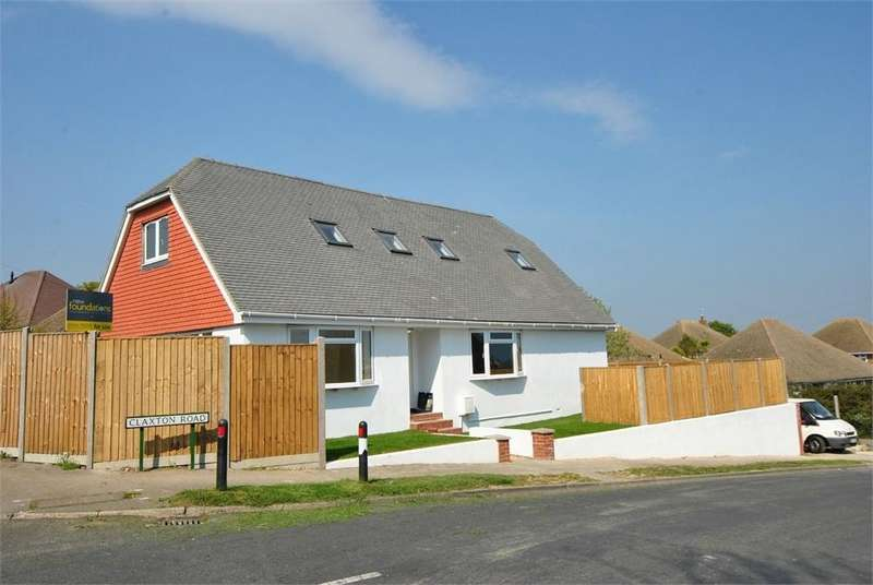 4 Bedrooms Chalet House for sale in Claxton Road, BEXHILL-ON-SEA, East Sussex