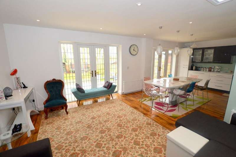 5 Bedrooms End Of Terrace House for sale in High Street, Luton, Bedfordshire, LU4 9LQ
