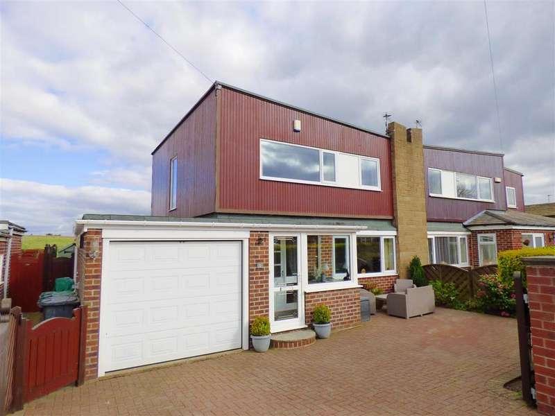 3 Bedrooms Semi Detached House for sale in Moorfield Way, Scholes, Cleckheaton