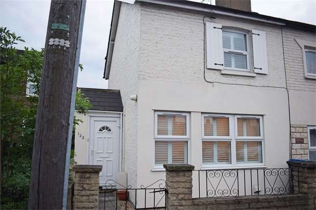 2 Bedrooms Semi Detached House for sale in Tottenhall Road, London