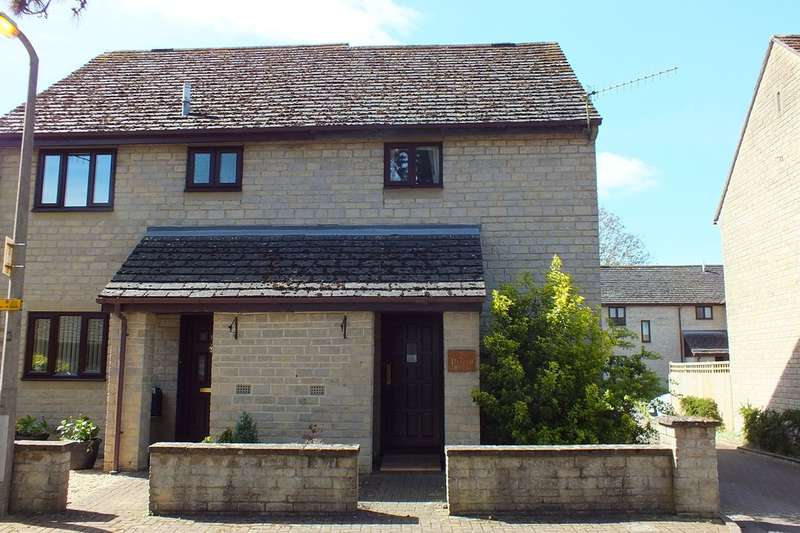 2 Bedrooms Semi Detached House for sale in Cirencester