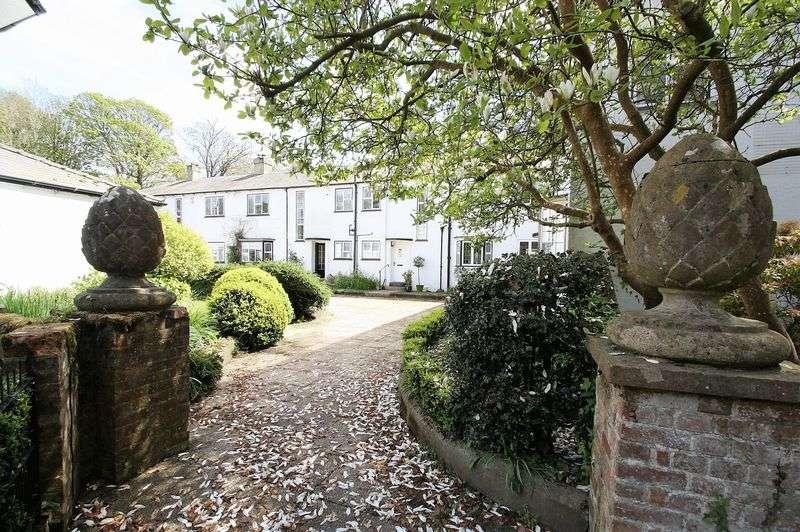 3 Bedrooms Mews House for sale in Kiln Lane, Brambridge