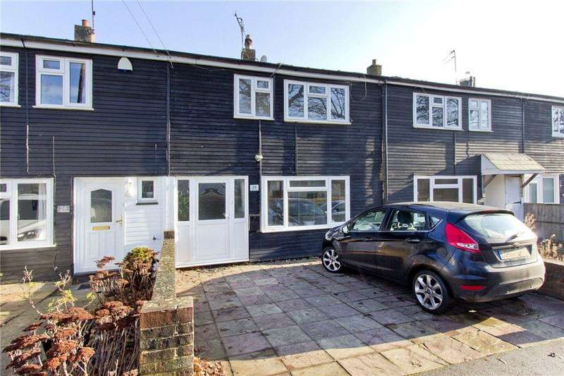 3 Bedrooms Terraced House for sale in Cedar Drive, Edenbridge, Kent