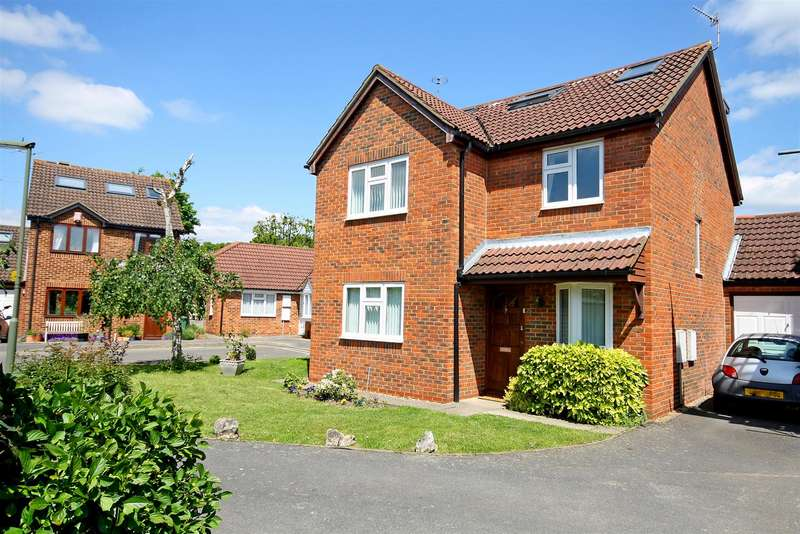 5 Bedrooms Property for sale in Budgen Drive, Redhill