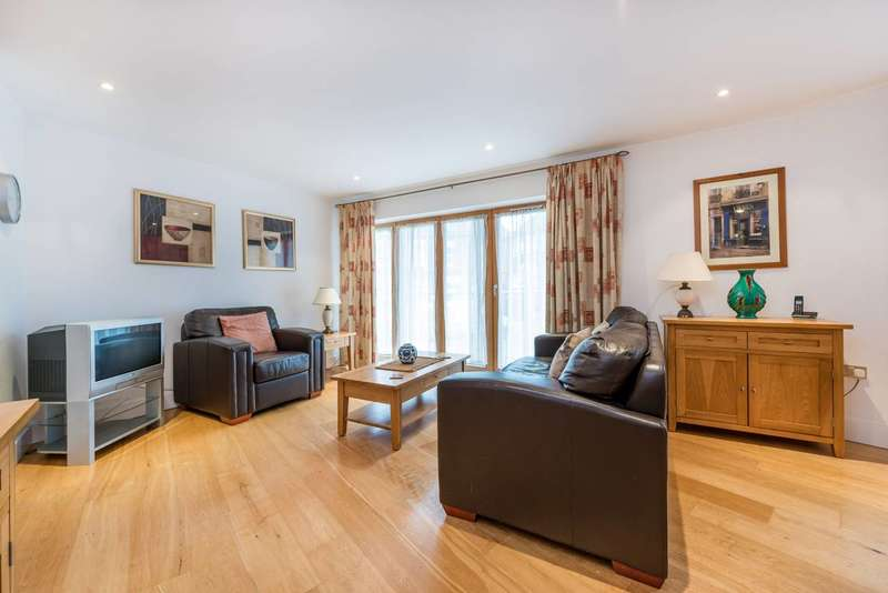 2 Bedrooms Flat for sale in Epsom Road, Guildford, GU1