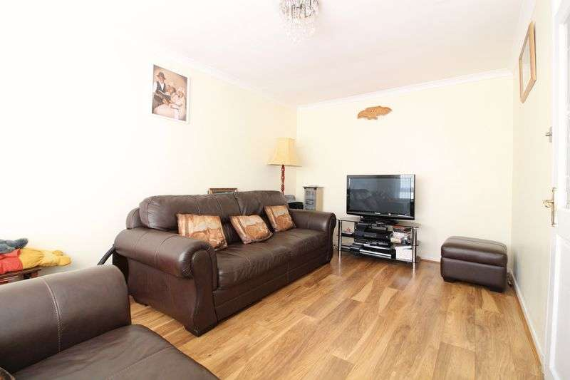 3 Bedrooms Semi Detached House for sale in Three Bed Semi Close to Station
