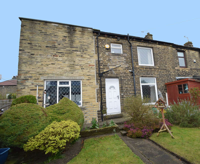 3 Bedrooms Semi Detached House for sale in Prune Park Lane, Bradford