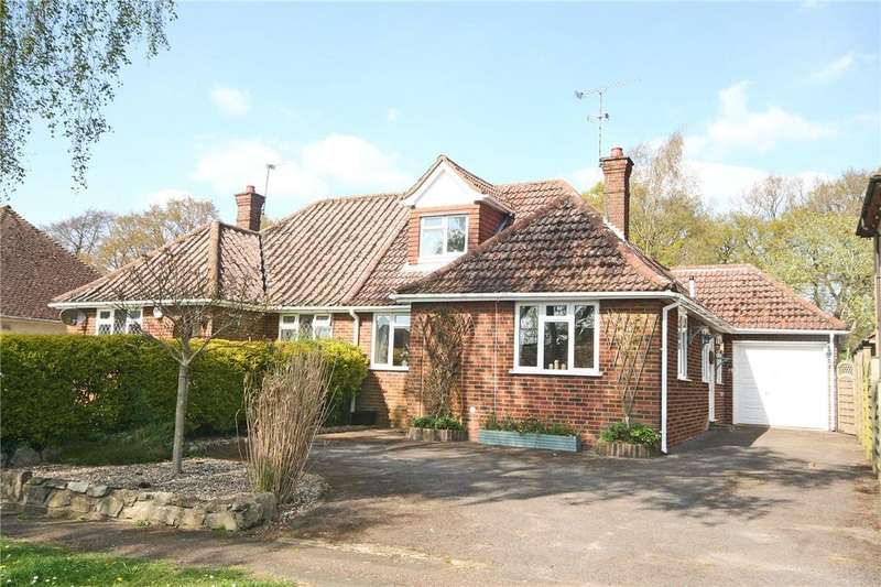 3 Bedrooms Semi Detached Bungalow for sale in Holywell Road, Studham, Dunstable, Bedfordshire