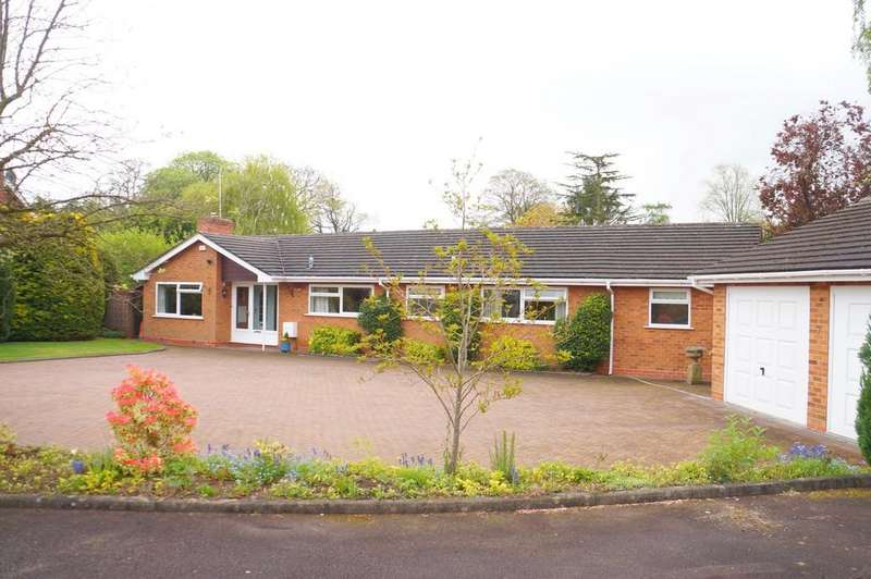 4 Bedrooms Detached Bungalow for sale in Warren Drive, Dorridge