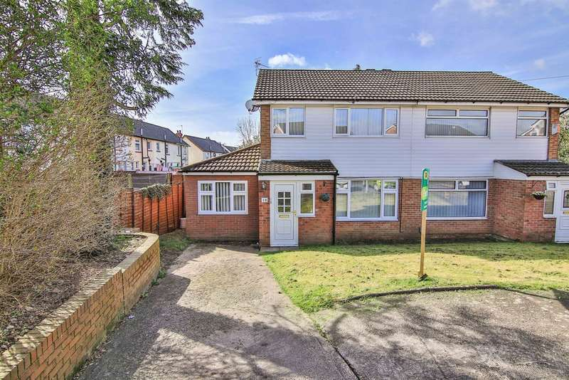 3 Bedrooms Semi Detached House for sale in Lon Y Ffin, St Fagans, Cardiff