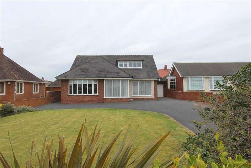 3 Bedrooms Detached Bungalow for sale in Clifton Drive North, Lytham St Annes, Lancashire