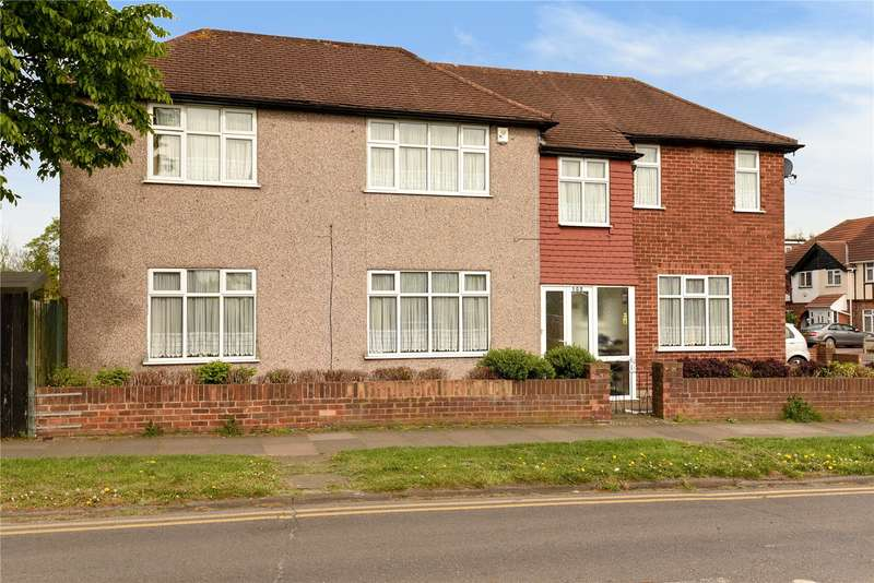4 Bedrooms Detached House for sale in The Fairway, South Ruislip, Middlesex, HA4