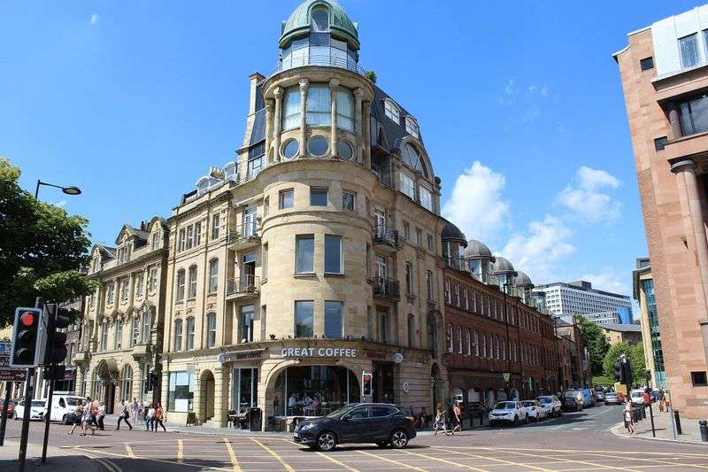 2 Bedrooms Flat for rent in Baltic Chambers, Quayside, Newcastle Upon Tyne