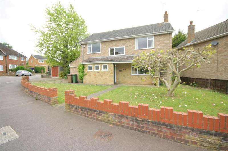 4 Bedrooms Detached House for sale in Rosslyn Crescent, Luton
