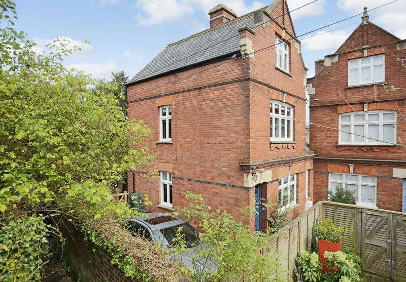 3 Bedrooms Semi Detached House for sale in St. David's Terrace, Exeter